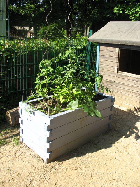Unser Holzhochbeet Im Kindergarten Maria Konigin Gartenmagazin Von